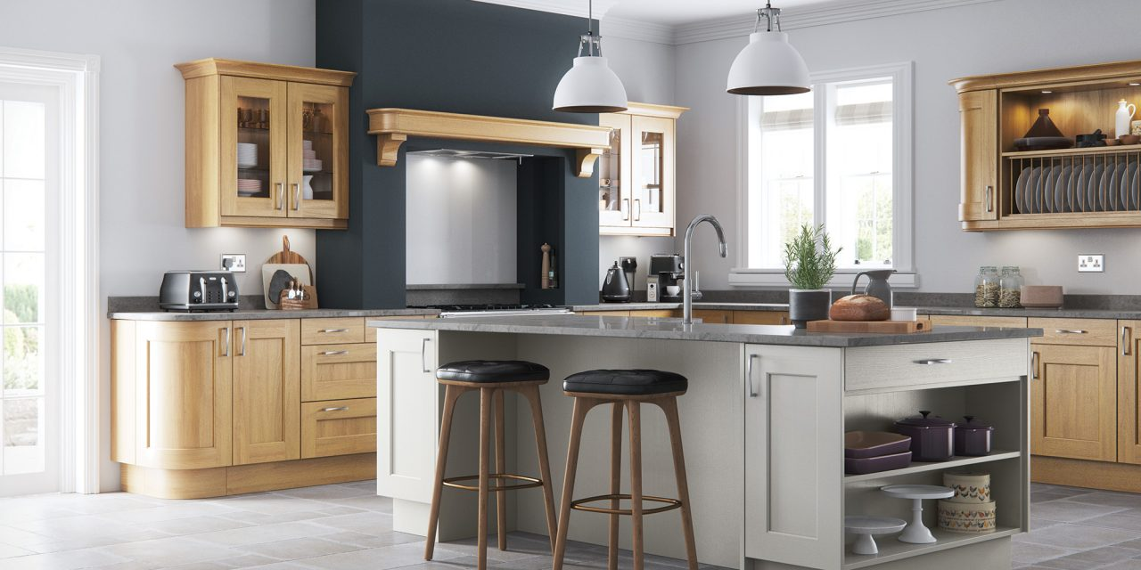 http://www.gurteenkitchens.ie/wp-content/uploads/2018/03/classic-contemporary-wakefield-light-oak-painted-stone-kitchen-hero-B-1-1280x640.jpg
