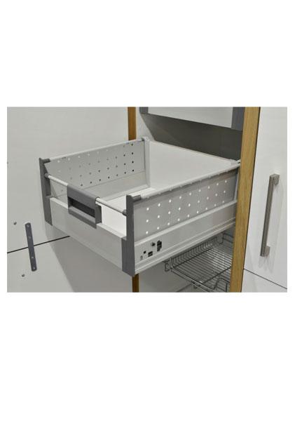 http://www.gurteenkitchens.ie/wp-content/uploads/2019/08/DTC-internal-drawer-kit.jpg